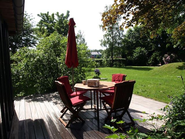 Gemütliche Ferienwohnung mit Garten