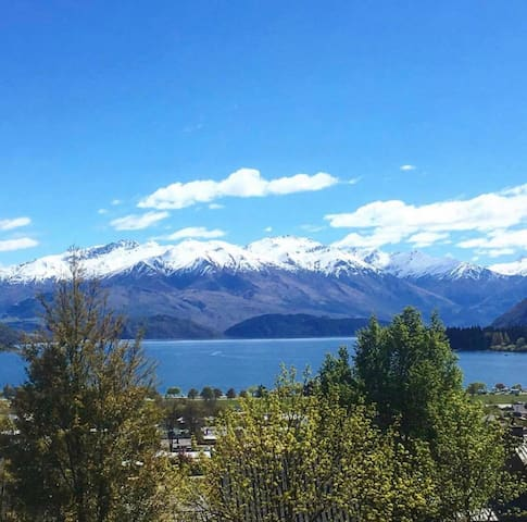 Central Wanaka Self-Contained 1-bed flat