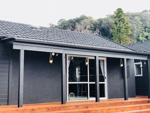 Mireirei Cottage 49a