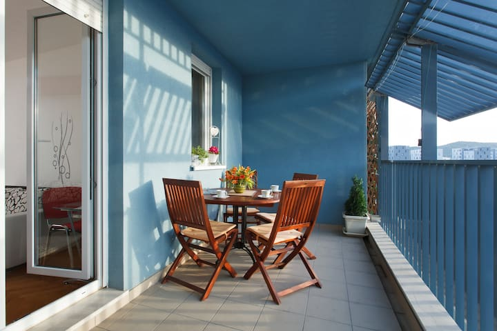 Lucija Modern Decorate Apartment - Apartments for Rent in Split ...