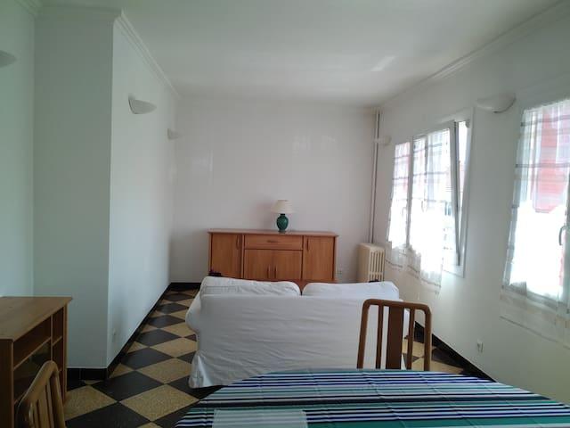 Appartement 2 CHAMBRES 3 NUITS MINIMUM