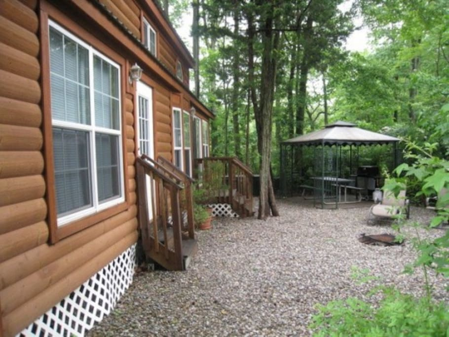 luxury lodge six flags jackson nj cabins for rent in