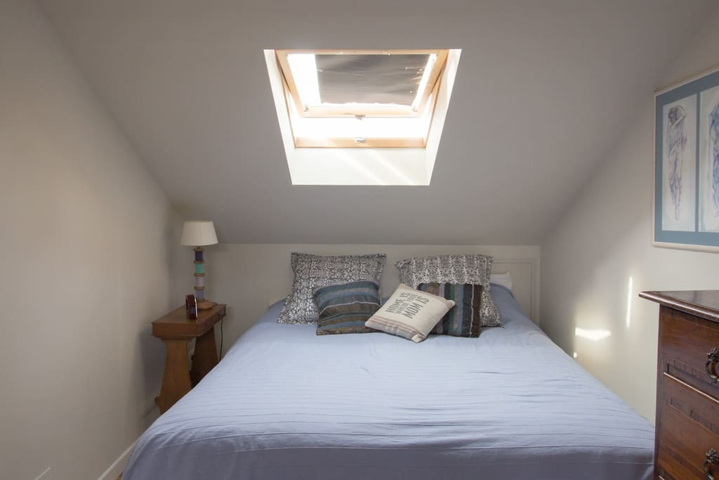 Camera da letto con condizionatore