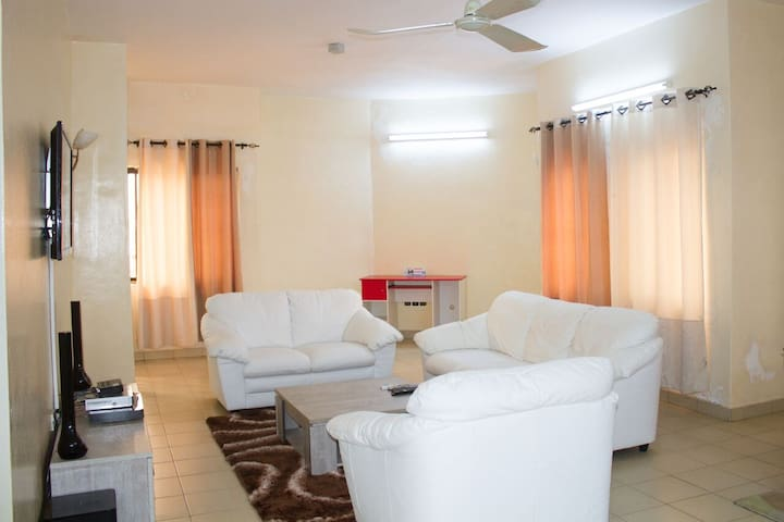 Grand appartement luxueux 2 chbs - Cotonou - Departamento