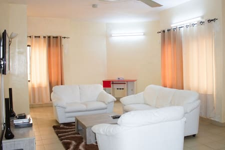 Grand appartement luxueux 2 chbs - Cotonou