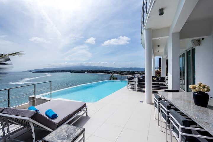 Miami White Villa with amazing view