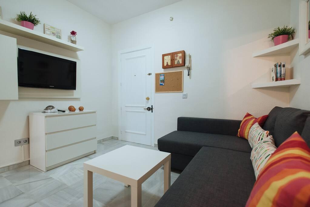 Cómodo salón/Comfortable Living-room