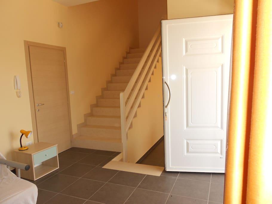 Villetta los hermanos a 4km dal mare case in affitto a for Casa con 2 camere da letto con seminterrato finito in affitto