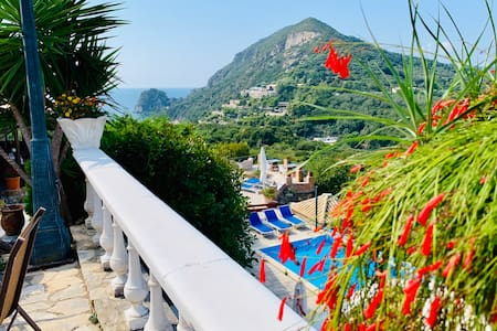 Ermones Ruby Villa - a Gem of Corfu