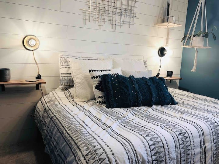 Juniper Room - Secluded Scandinavian Escape