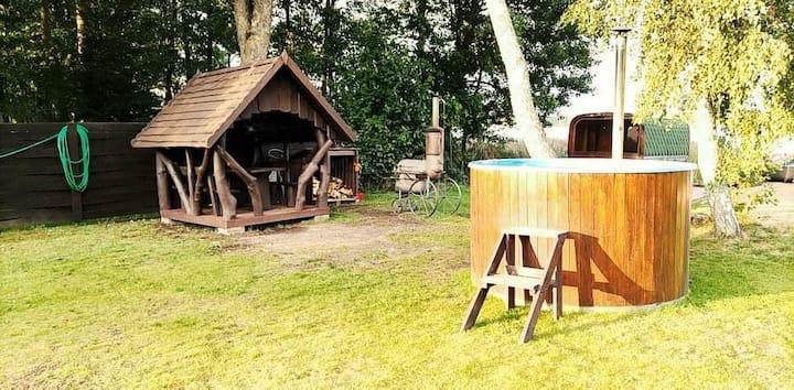Suvingis Lake House: unlimitted sauna & tub