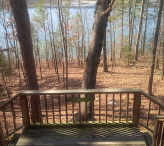Greer's Ferry Lakefront Cabin - Tumbling Shoals