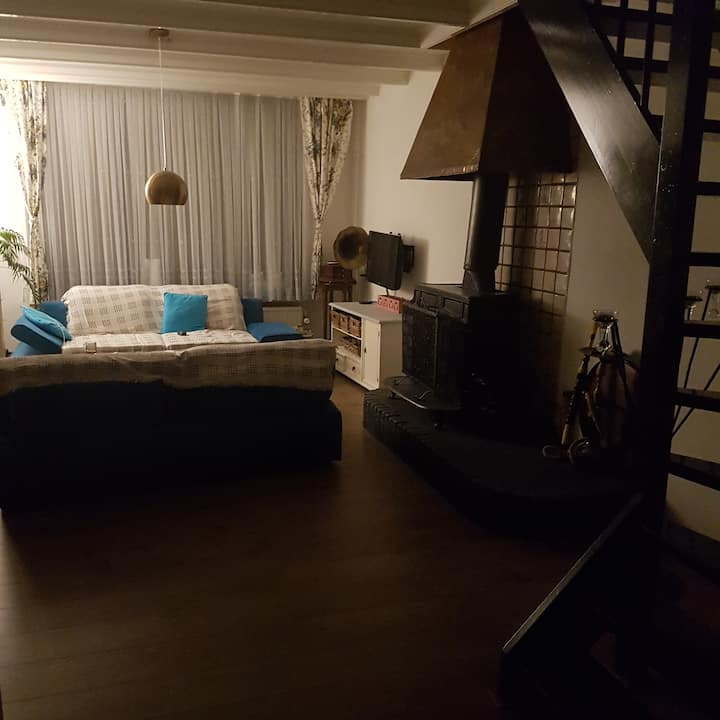 Single room in nice house. (1)