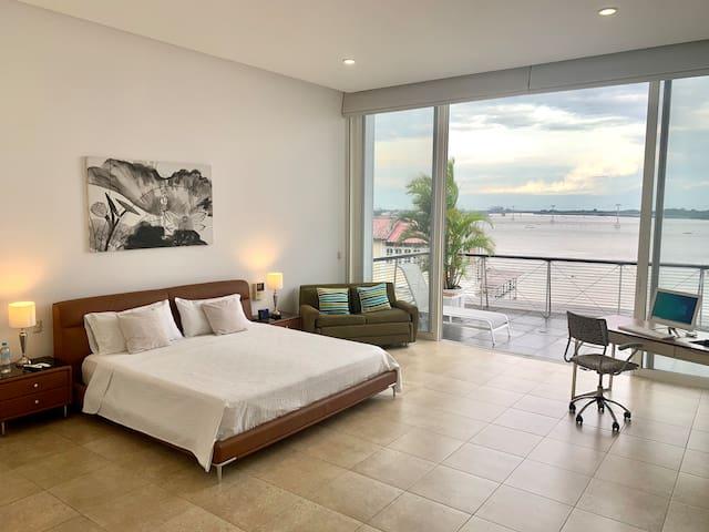 Suite Superior  Vista  al Rio