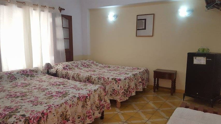 Hostal Gattorno (Room 2)