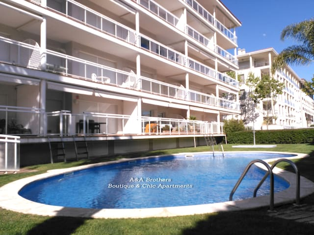 Deluxe Apartment 3 Bedrooms Pool and Garden Views - Platja d'Aro - Boutique ξενοδοχείο