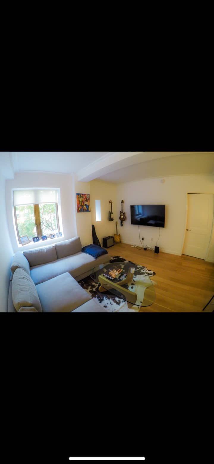 Beautiful New and Luxurious Gramercy 1 Bedroom