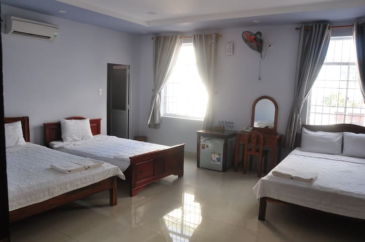 PRIVATE ROOM AT CENTER OF PHU QUOC ISLAND (201)