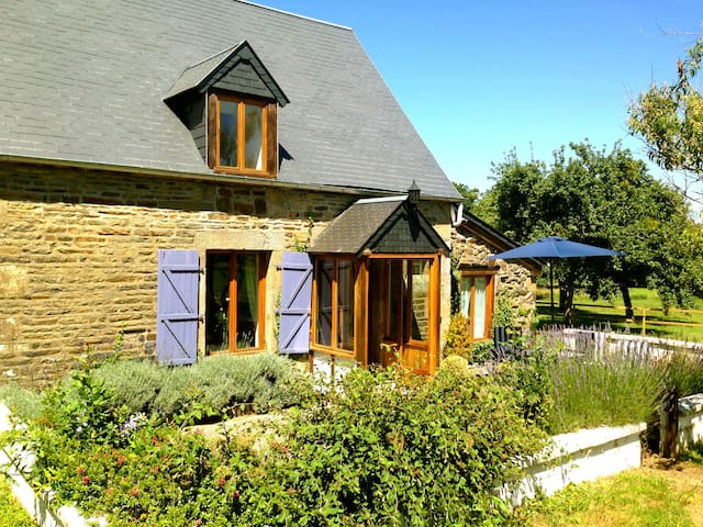 Beautiful Romantic Normandy Cottage