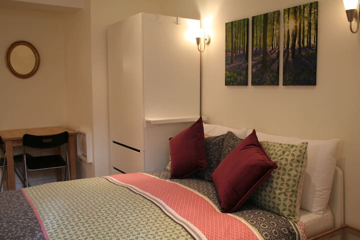 x ideally located, modern small studio flat - Bristol - Muu