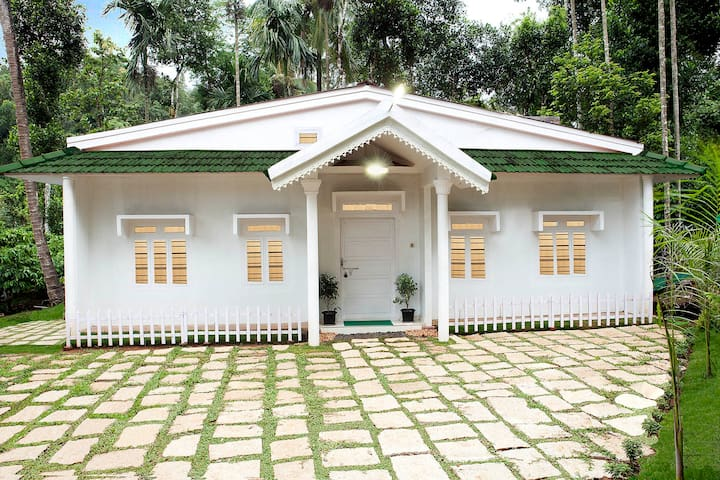 Glendale Holiday Homes Wayanad - Kalpetta - Casa de camp