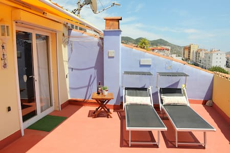 Enjoy SITGES from this attic see views ! - Sitges