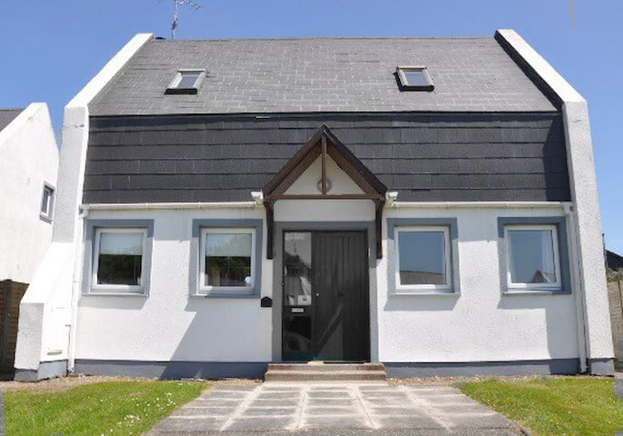 Beautiful 3 Bedroom House Courtown/Ardamine