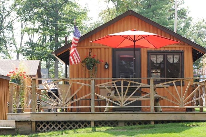 Clear Lake Resort - Lake Front Log Cabin 4!