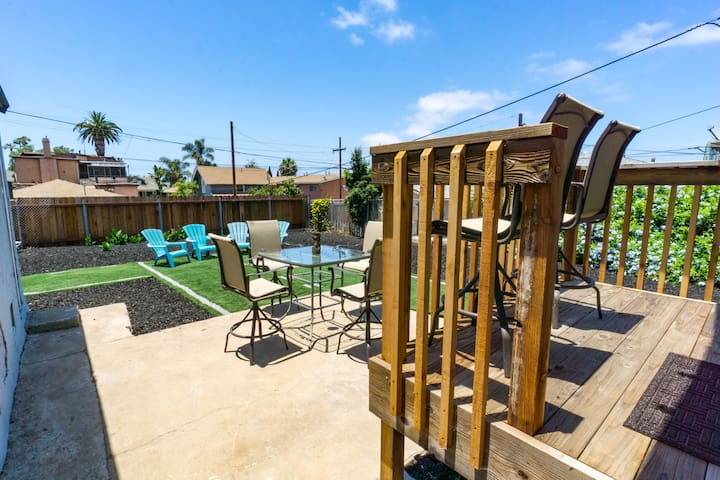 Fully fenced yard with patio furniture to enjoy the San Diego Weather! Views of Coronado bridge from upper deck.