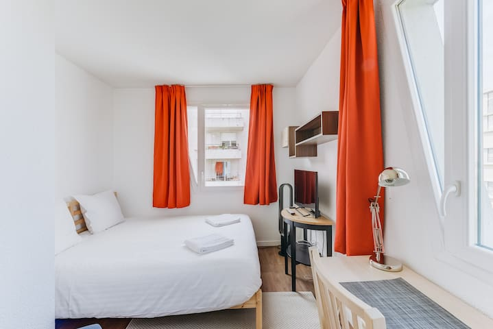 COMFORTABLE STUDIO IN NANTES (5617)