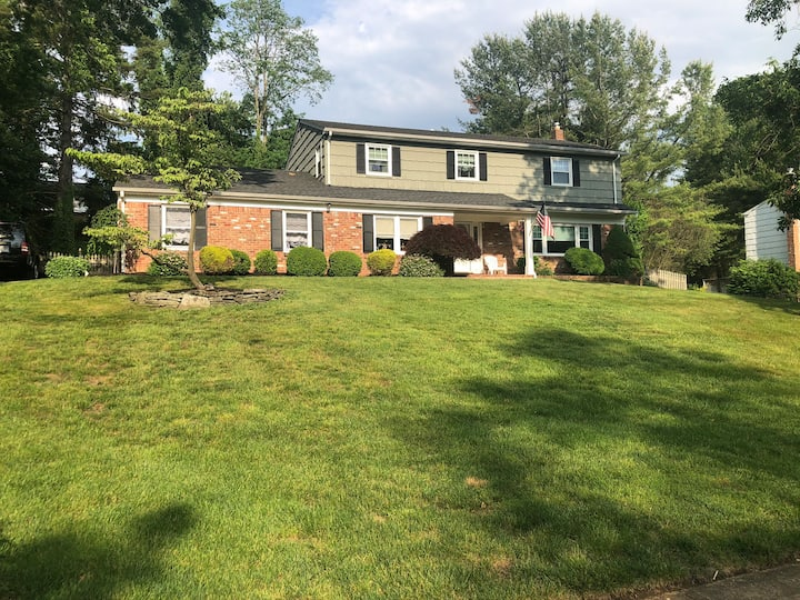 4 Bedroom private home with playroom
