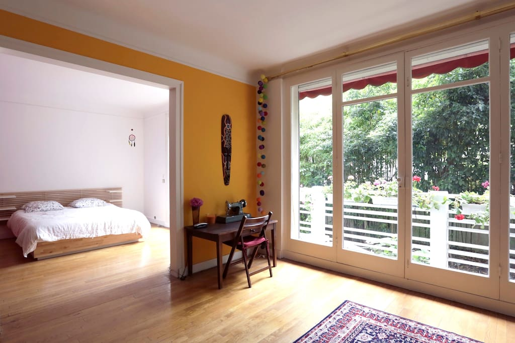 Charmant appart proche tour eiffel apartments for rent for Amenagement petit jardin 80m2