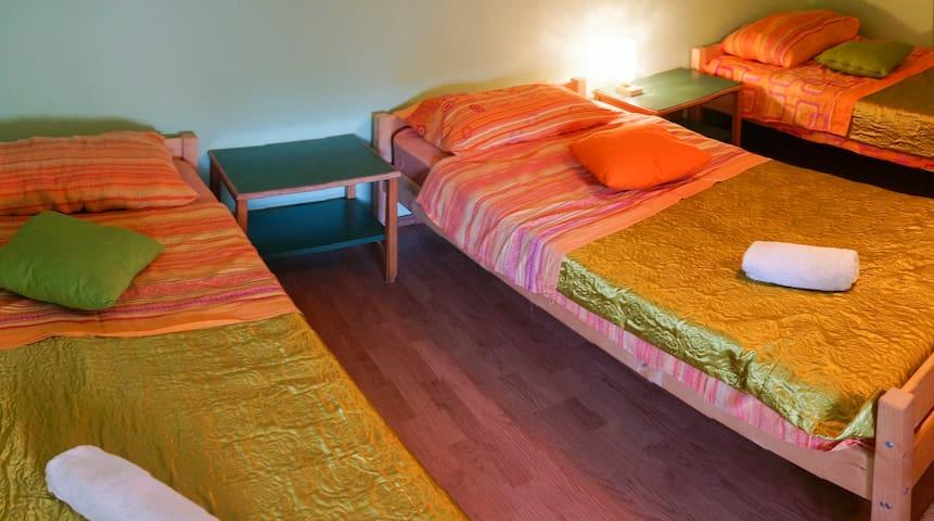 Hostel Pula shared room 3 - Pula - Hus