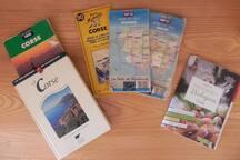 Nombreux ouvrages sur la Corse