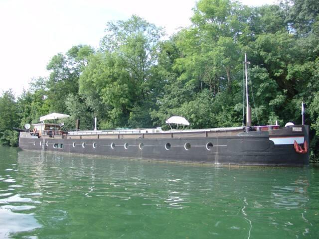 Peniche tout confort  prés de PARIS - Vincennes - Boat