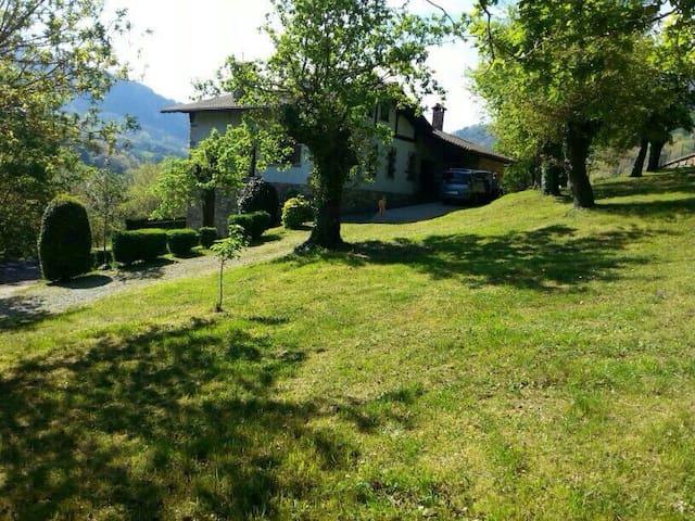Casa de dos plantas en sunbilla  - Sunbilla - Haus