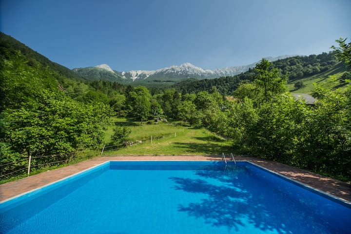 Country house with swimming pool - Grant, Tolmin - Hus