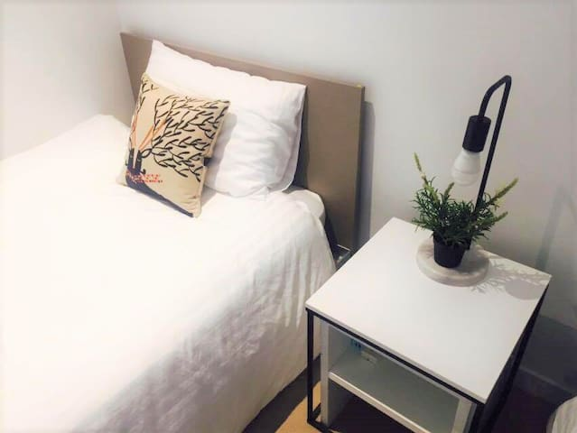 1Min SouthernCross*FREE(Tram/CarPark/POOL/GYM)*L14