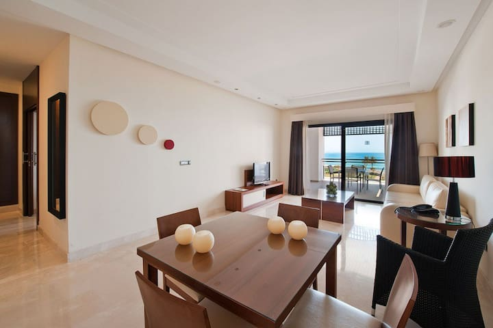 Luxury apartment in Costa del Sol - Estepona - Appartement
