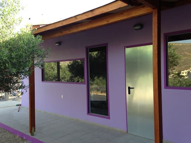 Colorful Lux Studio in Heraklion  - Karteros - Σπίτι
