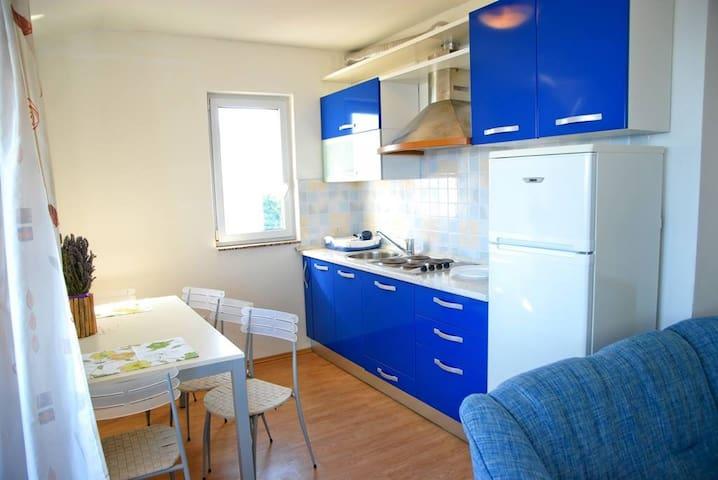 Apartment Blue 4+2 -  Vis,  - Appartement