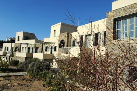 a.romanos aphrodite - Agios Romanos - Wohnung