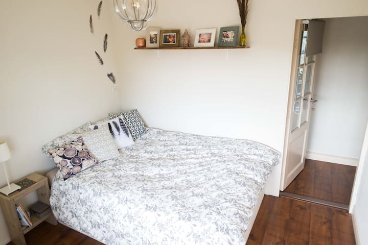 Cosy, spacious appartment near city center & beach - Alkmaar - Appartement