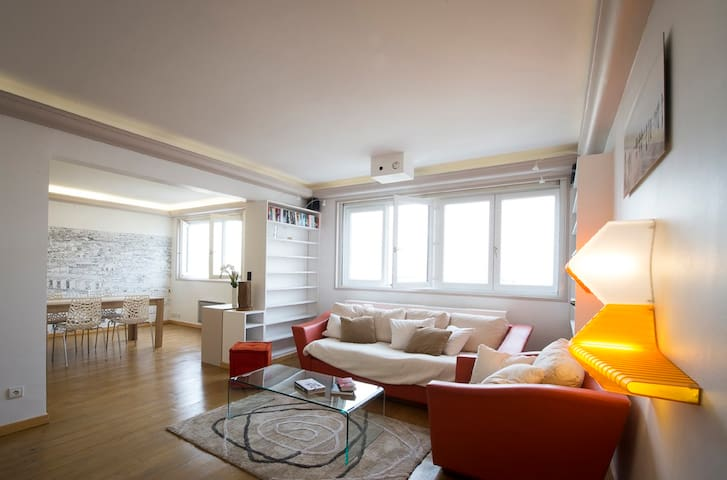 Rooftop apartment with amazing view over Paris! - Clichy - Appartamento
