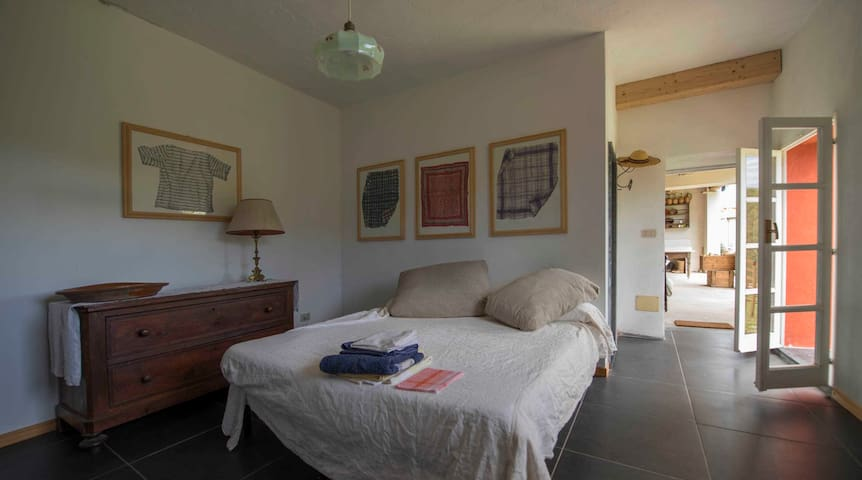 the room, double / 2 single beds