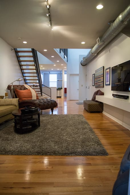 Huge luxury loft central downtown apartments for rent - 2 bedroom apartments in cincinnati ...