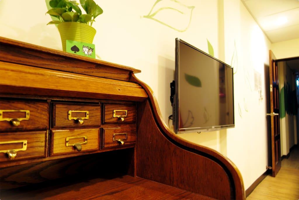 四十吋電視