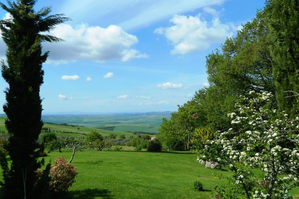 Vista dell'aia e della valle
