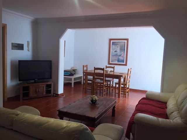 Basement Apartment - Playa Blanca - Daire