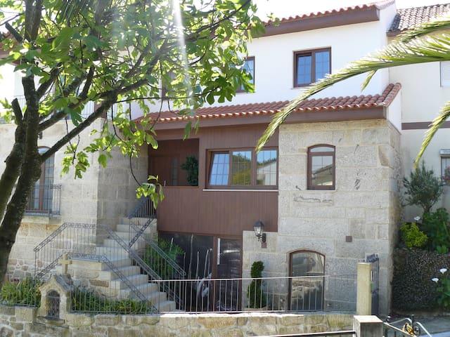 Casa do Cruzeiro Piso 0  - Ponte da Barca - House
